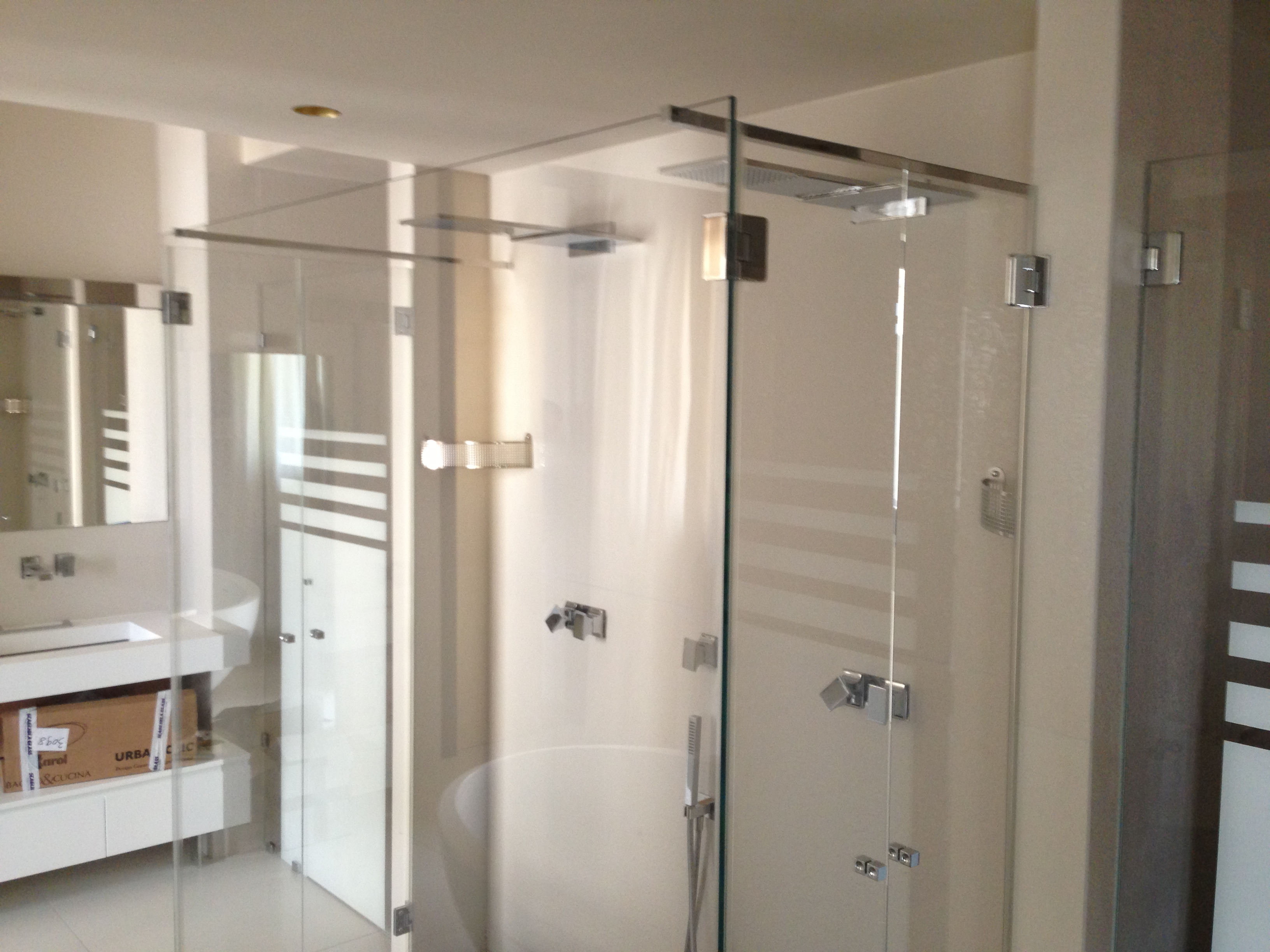 Scagliola glass vetreria torino box doccia doppia entrata