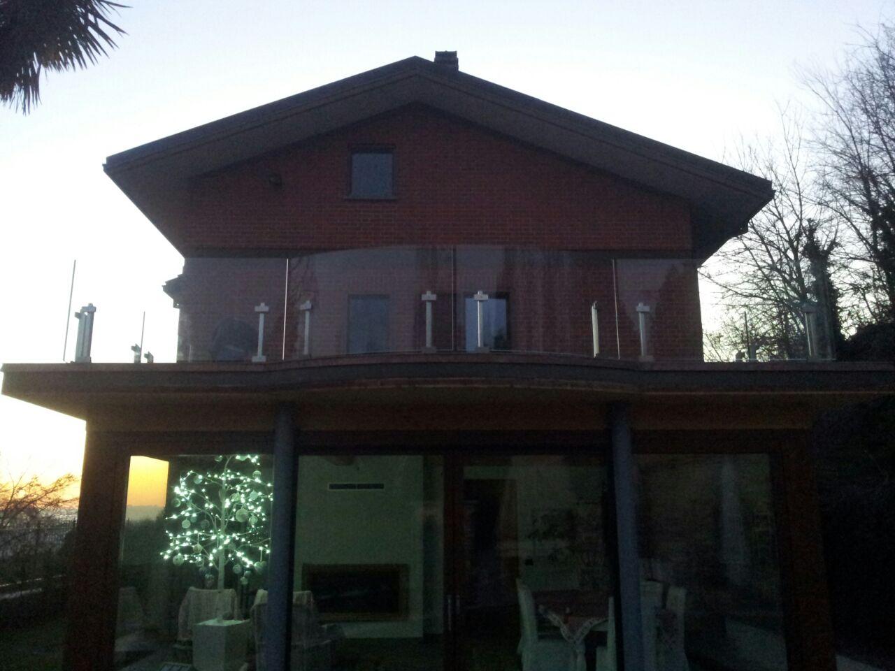 Scagliola glass vetreria torino terrazzo con - Parapetto terrazzo ...