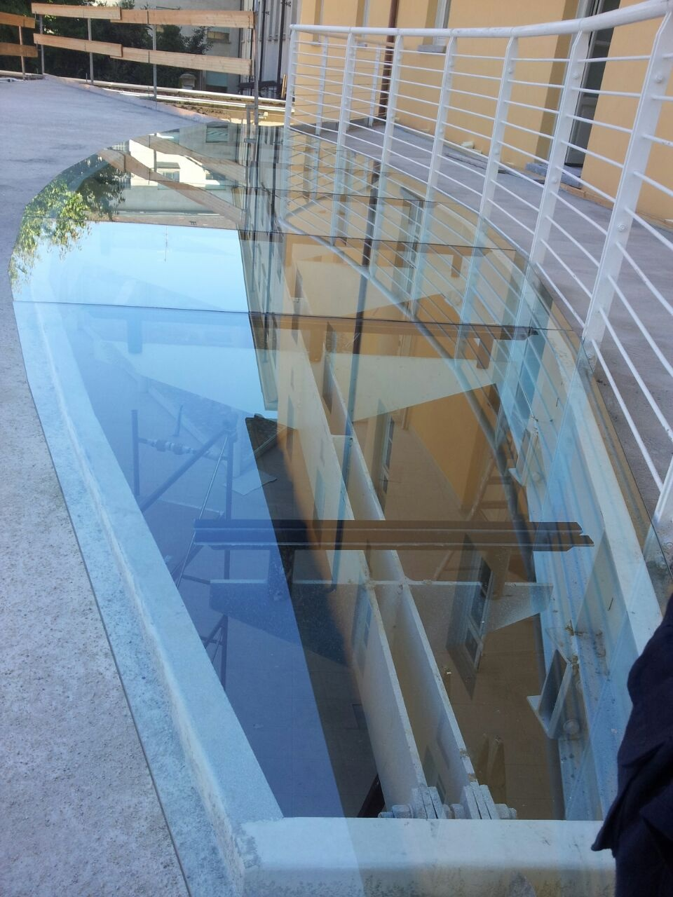 Scagliola Glass  Vetreria  Torino  Copertura tetto