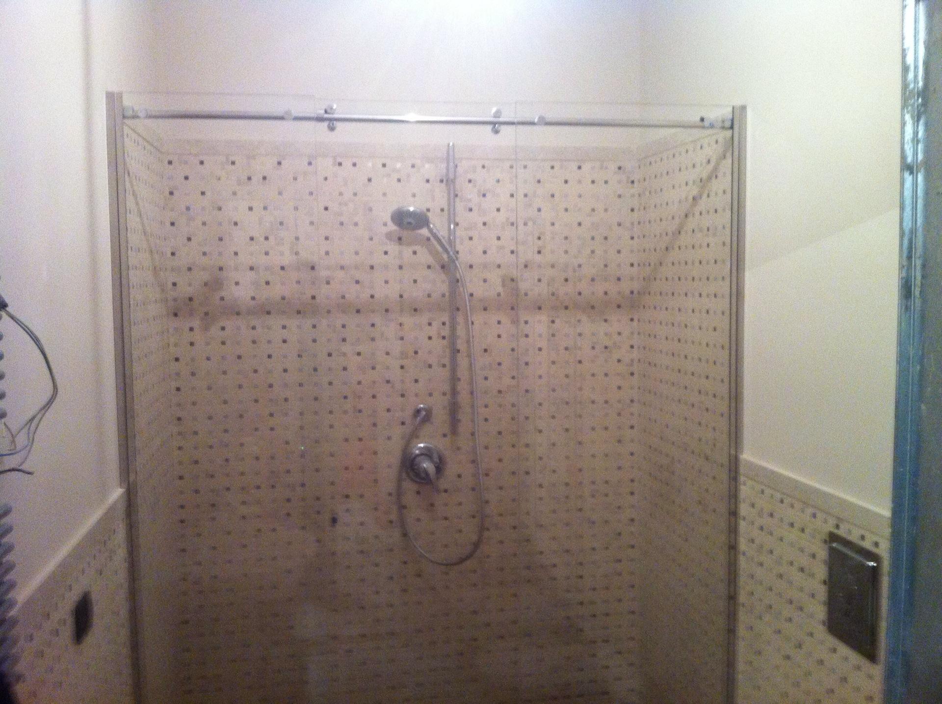 Scagliola glass vetreria torino realizzazione box doccia